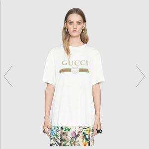 Oversized Gucci T-shirt